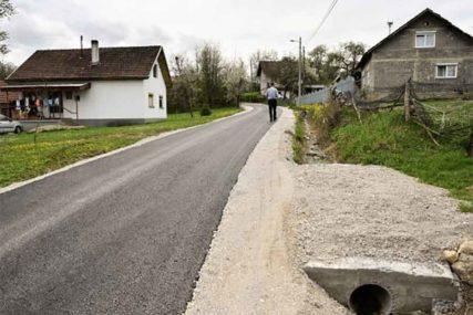 Završen put u Dragočaju, na redu popravka dva mosta