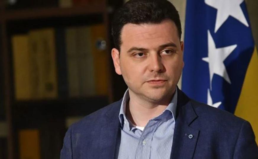 ŠTA TU PIŠE? Magazinović traži od Denisa Zvizdića da javno objavi sadržaj ANP