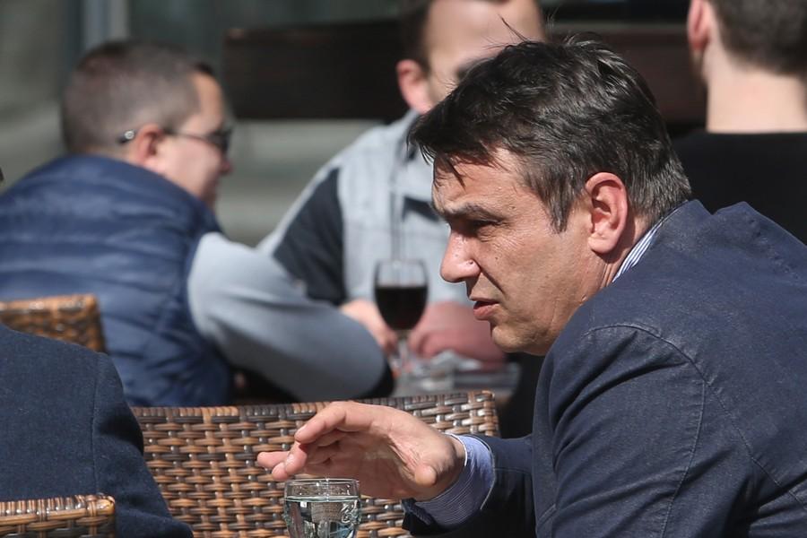 Nepravosnažna presuda: Sadiku Ahmetoviću ŠEST MJESECI ZATVORA zbog zloupotrebe položaja