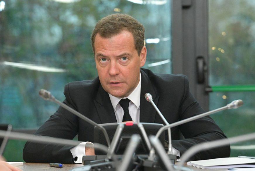 """""""VEOMA OPASAN POKUŠAJ"""" Dmitrij Medvedev stiže u Srbiju, a evo šta misli o NATO PUTU BiH"""