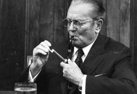ŠTA JE NAMA TITO DANAS Dobre ideje umrle su sa njim, od socijalizma ostao samo mentalitet