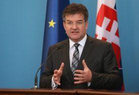 """PORUKA LAJČEKU U PRIŠTINI """"Ne dozvoljavamo pregovore o granicama Kosova"""""""