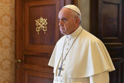 OPTUŽENI ZA SEKSUALNO ZLOSTAVLJANJE Papa prihvatio ostavke još dva biskupa u Čileu