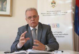 ŠKOLE SPREMNE ZA  NASTAVU U KLUPAMA Damjanović: Cilj rizike svesti na najmanju moguću mjeru