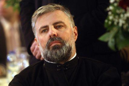 U SUZAMA ZAVRŠIO EMOTIVNU BESJEDU Episkop Grigorije usred liturgije saznao da mu je umrla majka