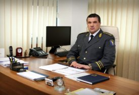 """""""GRANICA ŠUPLJA KAO ŠVAJCARSKI SIR"""" Galić tvrdi da Sarajevo opstruiše popunjavanje policije"""