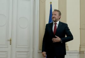 Izetbegović: Diktatura manjine nad većinom u BiH mora da prestane