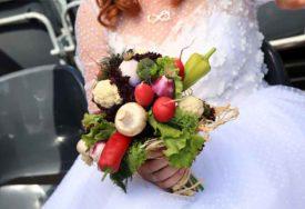 KORONA VJENČANJE NOVO ZARIŠTE Na svadbi u Splitu se zarazila mlada, svatovi, bend i fotograf