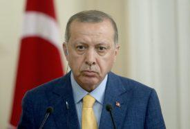 FOTOGRAFIJE PODIJELIO NA INSTAGRAMU Erdogan nakon potpisivanja dekreta posjetio Aja Sofiju (FOTO)