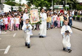 VOZAČI ĆE MORATI TRAŽITI ALTERNATIVU Proslava Spasovdana obustavlja saobraćaj u centru grada