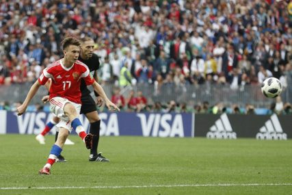 Juventus odustao od dovođenje Sergeja, Golovin plan B