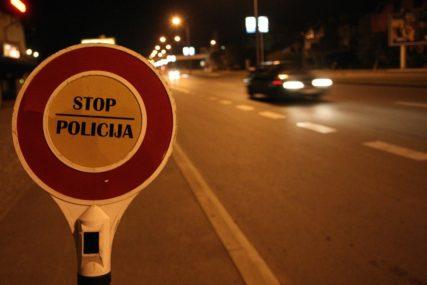 DUŽNI OKO 120.000 KM Policija zbog neplaćenih kazni oduzela dva automobila