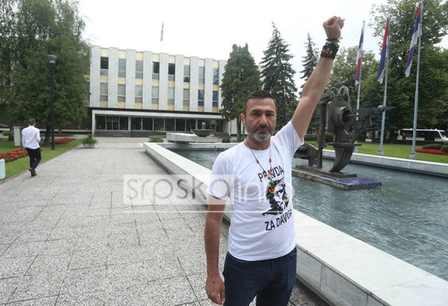 """DRAGIČEVIĆ PISAO POSLANICIMA """"Sami birate da li ćete biti saučesnici u zločinu ili borci za pravdu!"""""""