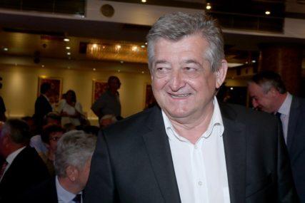 ODUSTAO OD ŽALBE Mićić formirao novu stranku i u njen naziv UTKAO SVOJE IME