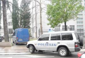 EKSPLOZIJA ODJEKNULA CETINJEM Policijske patrole na terenu