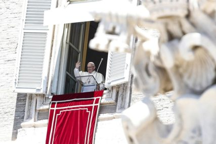 Portparol Vatikana i njegov zamjenik podnijeli ostavke