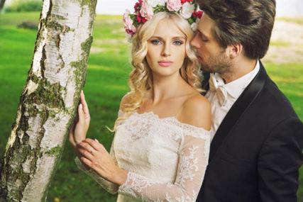 VOLIMO SE LJETI, MRZIMO SE ZIMI Povećan broj i brakova i razvoda, a ovo su NAJKRITIČNIJI MJESECI