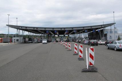 Hrvatska produžila mjere do 15. maja: Za putnike iz Šengen zone sada važe drugačija pravila