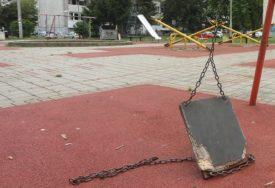 PONOVO U FUNKCIJI Popravljeni razvaljeni rekviziti na nekoliko banjalučkih igrališta