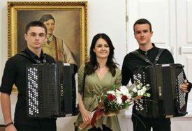 Koncert mladih harmonikaša: Odličnim uspjehom i brojnim nagradama oprostili se od srednjoškolskog obrazovanja