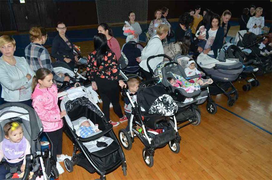 DAN ZA NAJMLAĐE U opštini Istočno Novo Sarajevo konferencija beba 30. juna