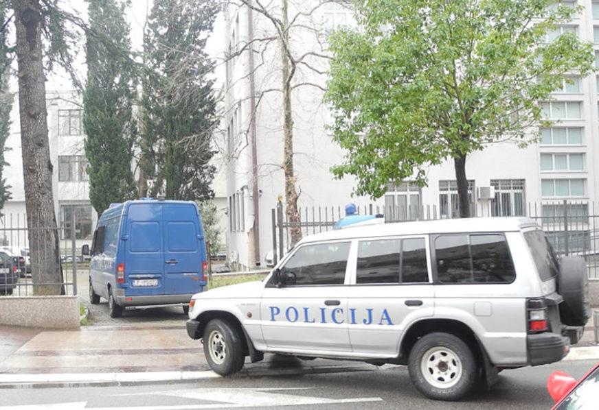 POLICIJA CRNE GORE PRETRESLA KUĆU Uhapšena majka poslanika Milana Kneževića