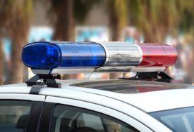Policajac optužen za ZLOSTAVLJANJE: Uhvatio starijeg čoveka za vrat i udario ga u lice