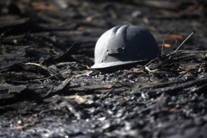 POLICIJA NA NOGAMA – TRAŽI UBICE Devet rudara kamenovano do smrti