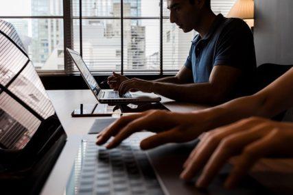 HAKERI, PREVARE I PREVIŠE IMEJLOVA Sve brige o tehnologiji zbog kojih direktori ne mogu da spavaju