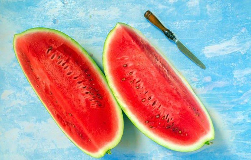 LUBENICA ČUVA VITKU LINIJU Slasni crveni plod omiljeno je ljetno osvježenje