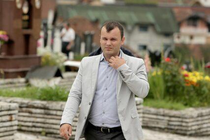 """""""AKO NEKO SPREMA IZBORNU KRAĐU, TO SU BOŠNJACI"""" Grujičić odgovara na optužbe da će u Srebrenici biti malverzacija"""