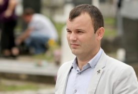"""""""SRAMNO GLASANJE SRPSKIH ČLANOVA CIK"""" Grujičić vjeruje da će nakon ispitivanja shvatiti da u Srebrenici nije bilo prevara"""