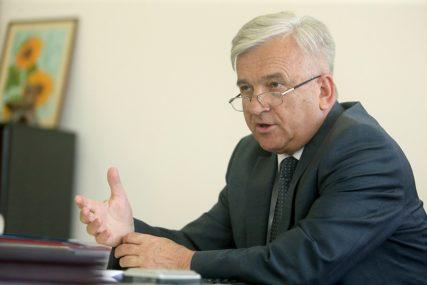 Čubrilović za SRPSKAINFO: Ne osvaja se vlast pokušajem urušavanja institucija