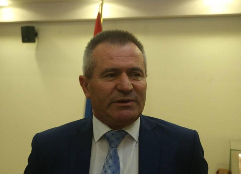 """JEDINI IZ VLADAJUĆE KOALICIJE GLASAO """"ZA"""" Milaković: Između politike i razuma izabrao sam RAZUM"""