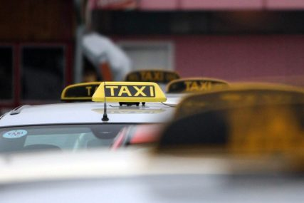 Vakcinisano 86 banjalučkih taksista: Stalno u kontaktu sa ljudima, tražili da imaju priorotet