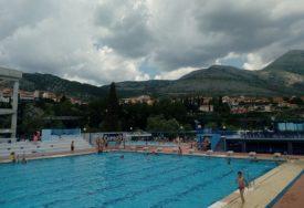 Trebinjski bazeni rade punom parom: Novi sadržaji privukli kupače