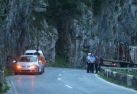 RADOVI U KANJONU TIJESNO Sutra zbog asfaltiranja puta obustava saobraćaja