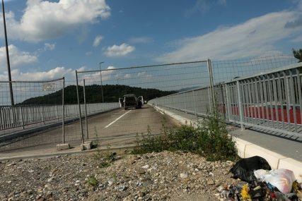 "LAKŠE PREKO GRANICE Vulin: Uvodi se integrisani prelaz na mostu ""Bratoljub"""