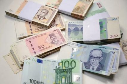 """""""ISPARILO"""" 260 HILJADA KM Bankarke osumjičene za nestanak novca sa računa"""