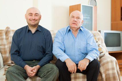TEŠKO DO SAMOSTALNOSTI Imaju 50 godina, a žive sa roditeljima