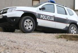 SUDAR ČETVOROTOČKAŠA Četiri osobe povrijeđene u saobraćajnoj nesreći kod Tuzle