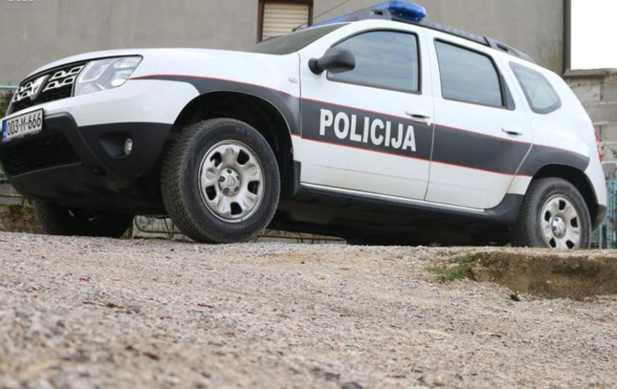 BAHATOM VOZAČU SLIJEDI PAPRENA KAZNA Policija uhapsila Zeničanina koji je UDARIO DVA PJEŠAKA
