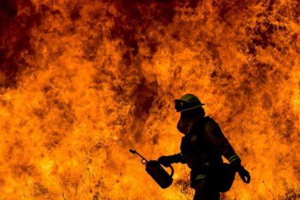 Vatrogasci je nisu uspjeli spasiti: Starija žena nastradala u požaru