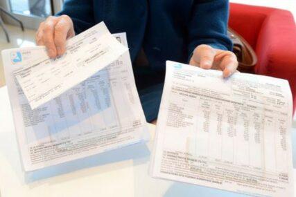 UZIMALA NOVAC OD PACIJENATA I PORODICA Podnesen izvještaj protiv radnice Doma za stara i bolesna lica