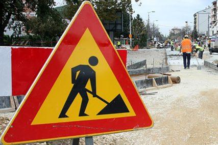 Zbog izgradnje kanalizacije od sutra obustava saobraćaja u dijelu Ulice 1300 kaplara