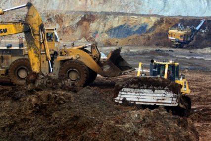 Žena ostala sama sa djecom i u velikim problemima: Banka i kolege poginulog rudara otplatili njegov kredit