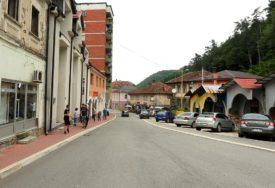 SREĆAN EPILOG POTRAGE Policija uz pomoć mještana pronašla dječaka (17) iz Srebrenice