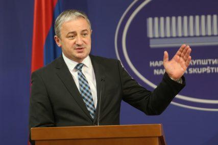 Borenović poručio: Treba voditi politiku pomirenja, ali i zauvijek PAMTITI SRPSKE ŽRTVE