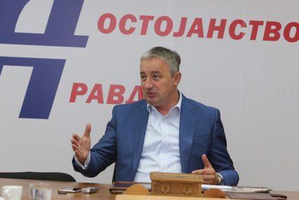 SASTANAK OPOZICIJE NAREDNE SEDMICE Borenović: Spremni smo da predložimo kandidata za predsjednika Srpske