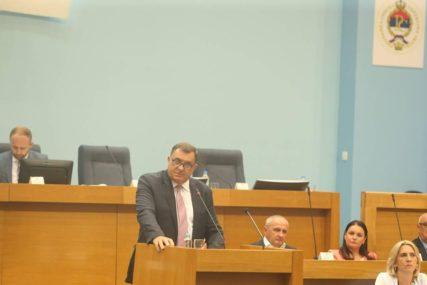 RIJEČI KOJE SU POKRENULE BURU Koga je citirao Dodik tokom rasprave sa Stanivukovićem u NSRS?